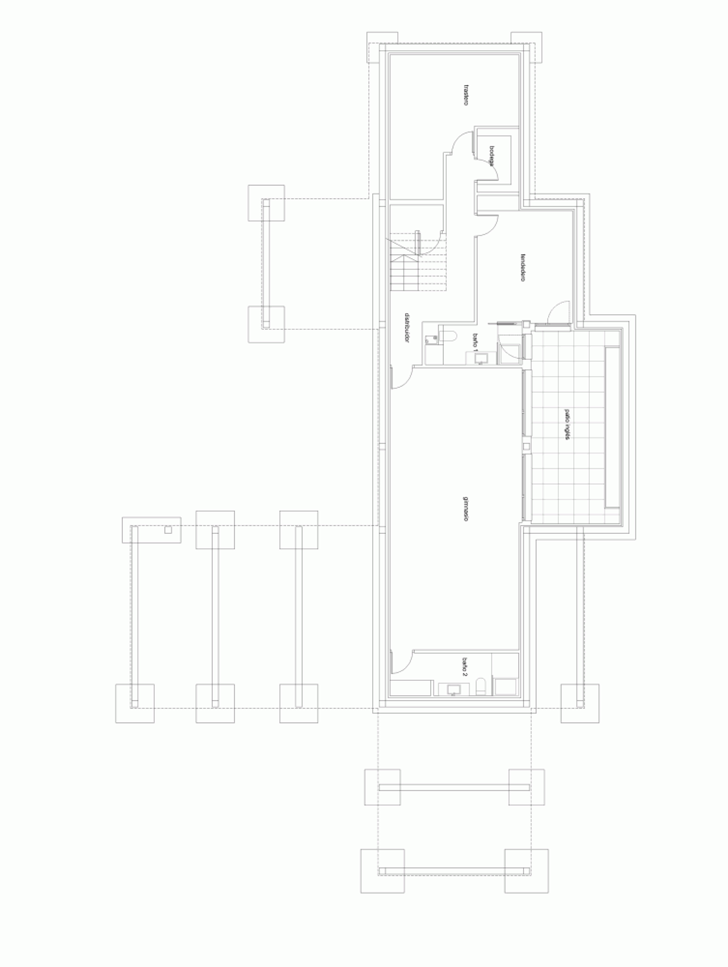 Roof floor plan of Modern home by Foraster Arquitectos