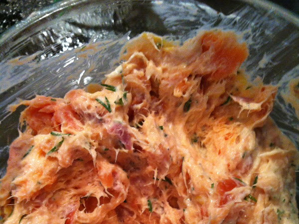 Smoked Salmon Dip - Easy 10 minute appetizer