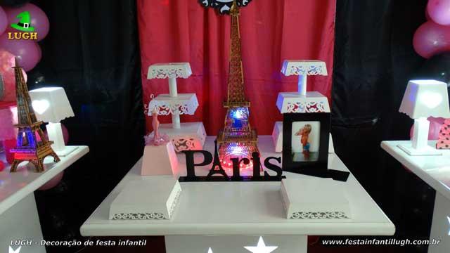Mesa decorada Paris - Festa de aniversário infantil