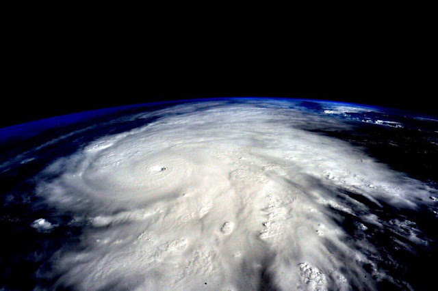 Huracan Patricia from above.  Shots by the International Space Station ISS