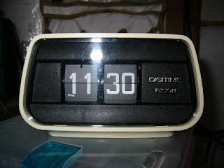 リコーのパタパタ時計 EC-69501
