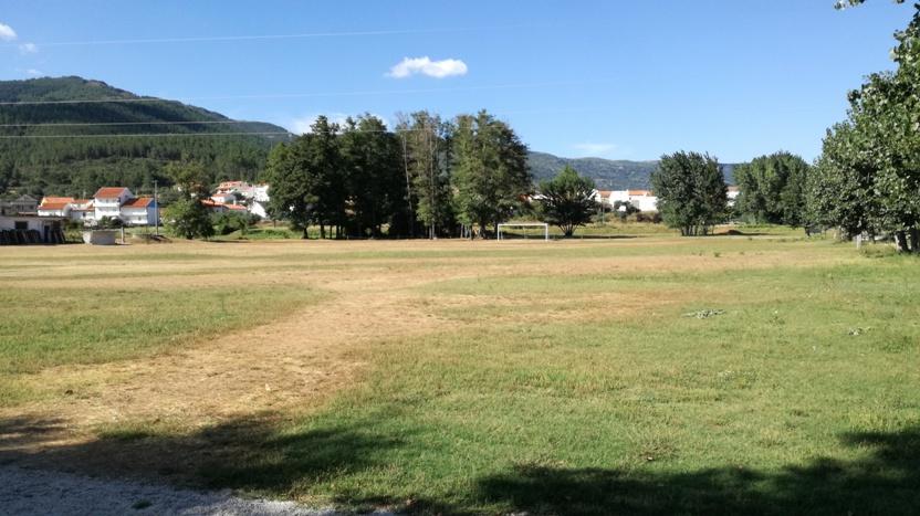 Campo de futebol de 11 de Valhelhas