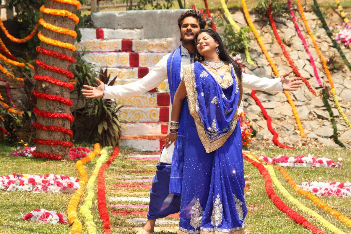 Khesari Lal Yadav, Smriti Sinha Song Shooting stills of Sajan Chale Sasural 2