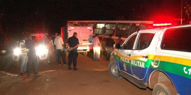 Assaltantes matam motorista de ônibus escolar em Candeias