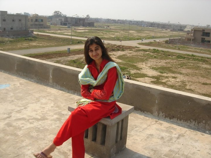 Facebook Pakistani Cute Girls 700 Pictures - Hottest -9422