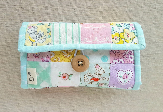 Little Dolly Jet-Set Case from Sew Organized for the Busy Girl by Heidi Staples of Fabric Mutt