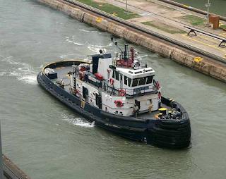 kapal tunda sungai