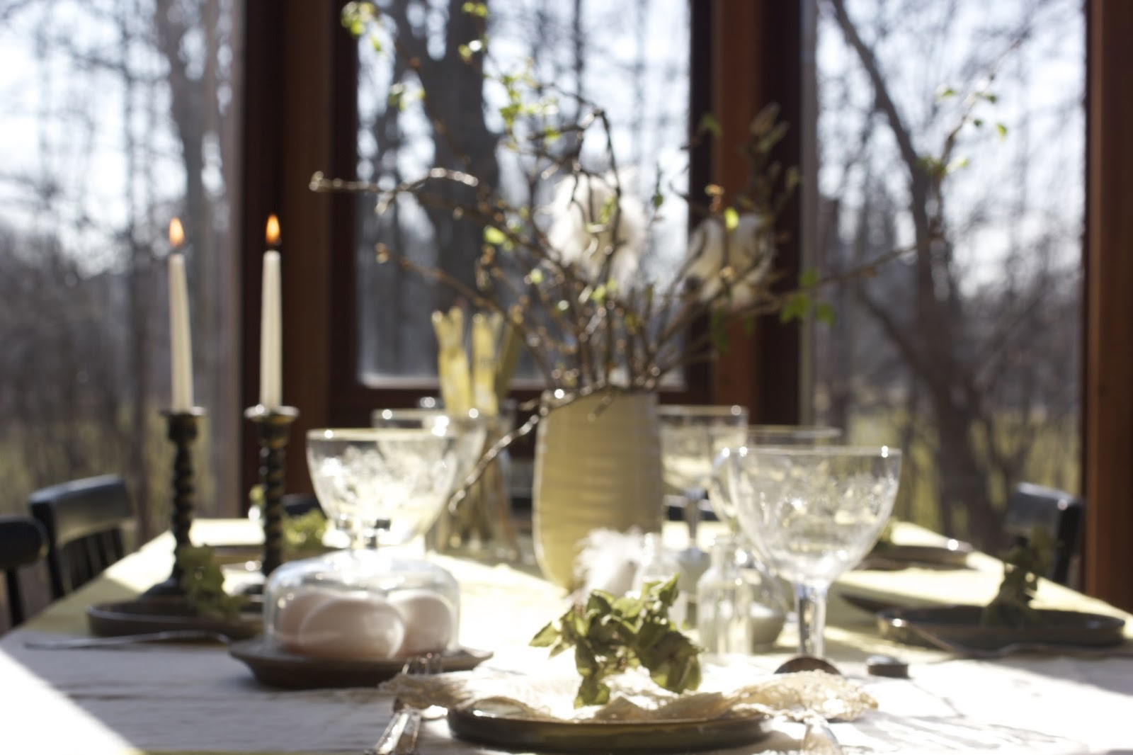 HYGGE - setting the table for Easter by Anya Jensen Photography #abouthygge #chasinghygge