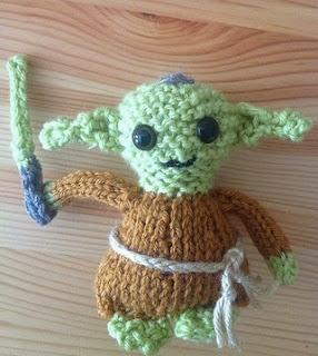 http://www.knitsbybritt.com/2012/07/knitted-yoda-doll-pattern.html