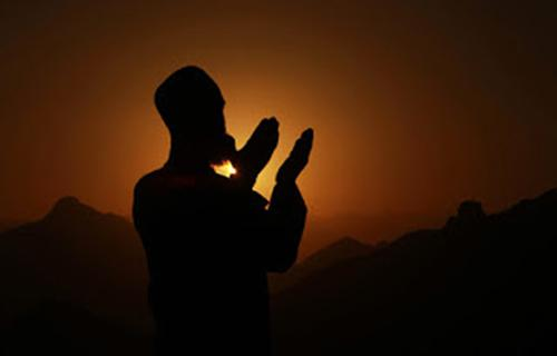 Bacaan Doa Qunut Sholat Subuh Lengkap Bahasa Arab Latin Dan Terjemahan