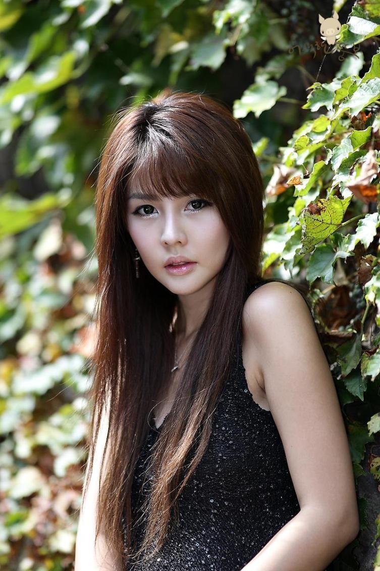 Model Korea Lee Ji Woo