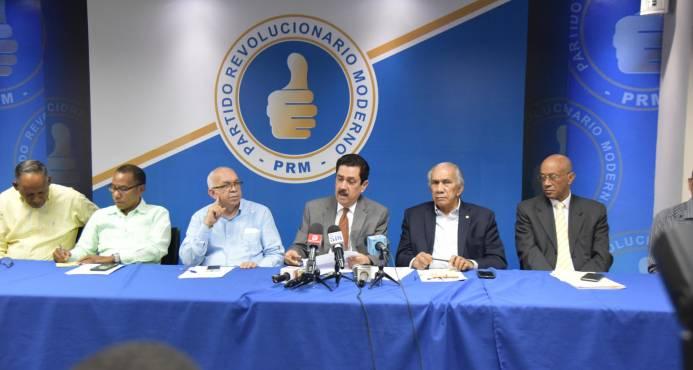 Paliza y Mejía siguen firmes en elecciones internas del PRM