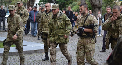 "The leader of the ""Right Sector"" Yarosh arrived in Uzhgorod for the settlement of the incident"