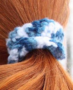 http://translate.googleusercontent.com/translate_c?depth=1&hl=es&rurl=translate.google.es&sl=auto&tl=es&u=http://www.gina-michele.com/2014/02/diy-crochet-hair-ties.html&usg=ALkJrhhEA38nLQhAZIVfm0mWNtFX7mH1xA#more