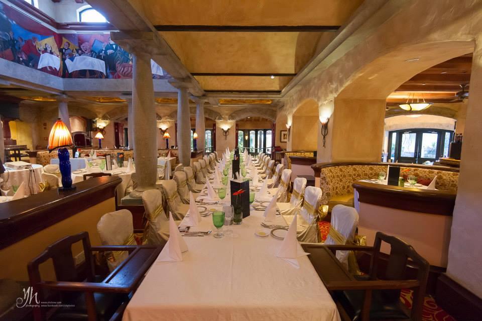 Rustic Italian Country Villa Danieli Kl - Restaurant-interior-design-at-wt-hotel-italy