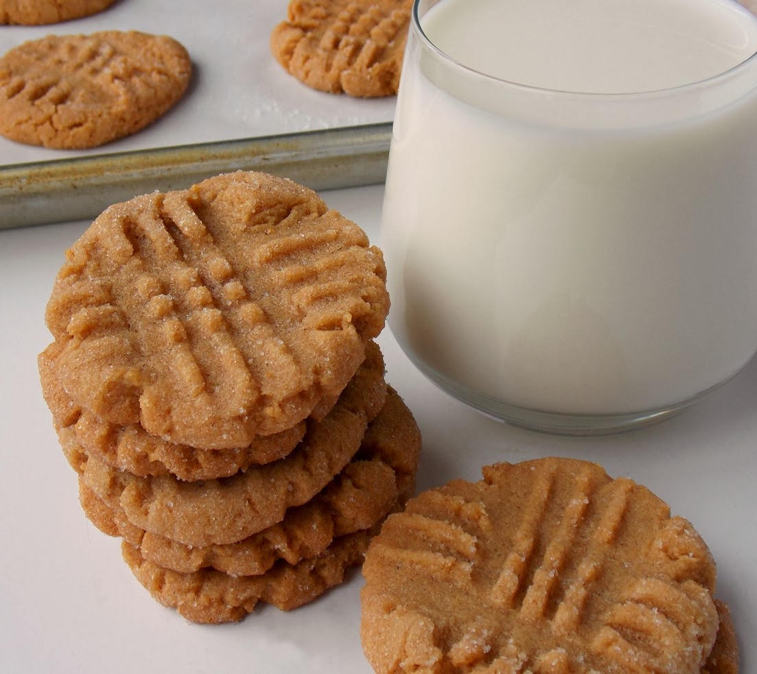 Mystery Lovers\' Kitchen: 4-Ingredient Peanut Butter Cookies (No ...