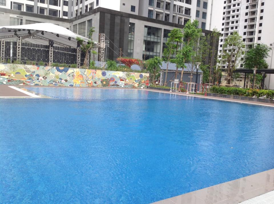 Bể bơi tại Goldmark City