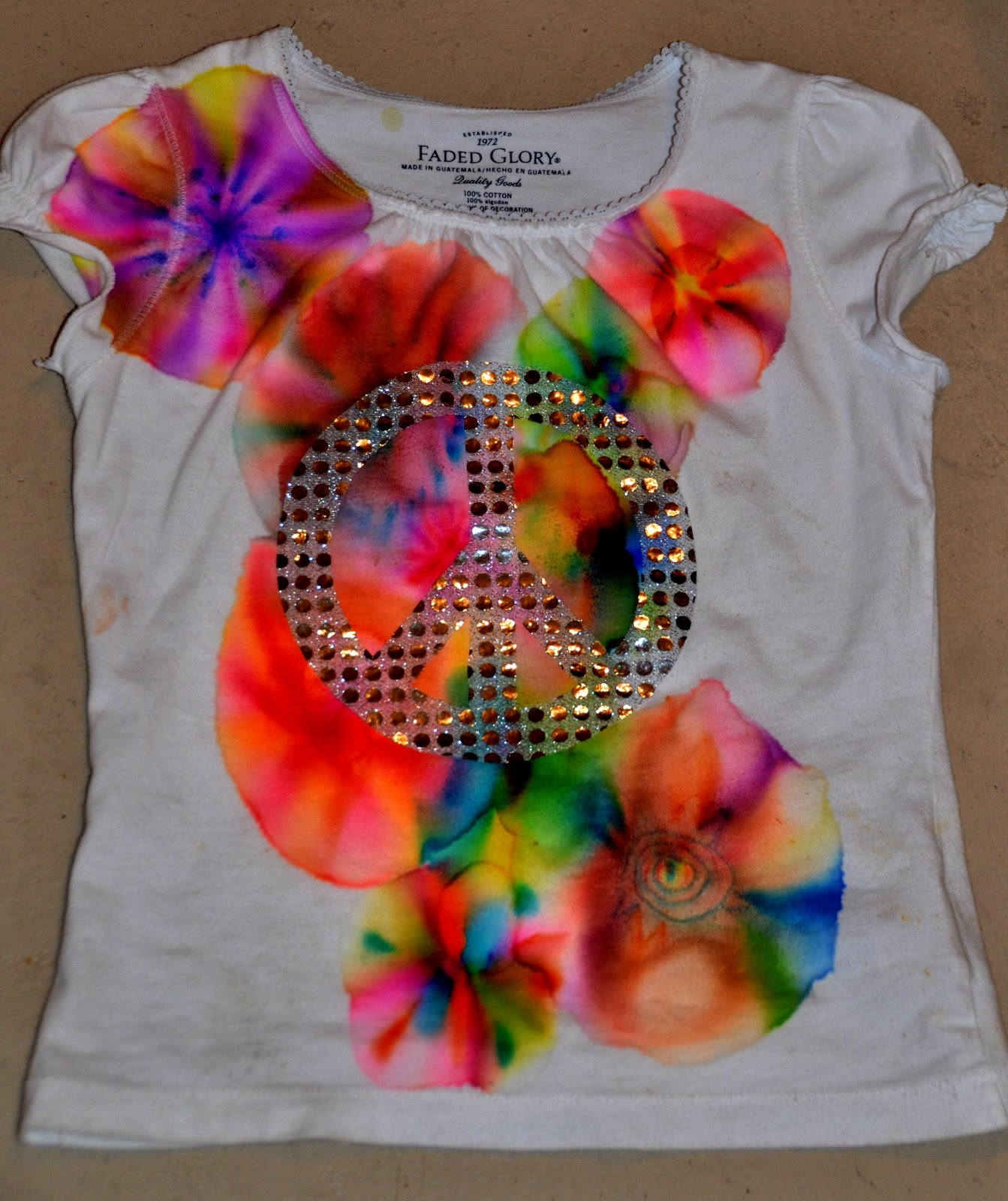 homemade tie dye t shirts with sharpie markers thifty sue. Black Bedroom Furniture Sets. Home Design Ideas