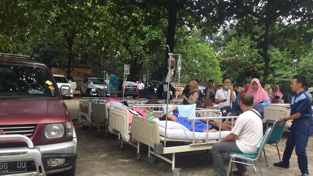 Diguncang Gempa, Pasien RS di Depok Dievakuasi