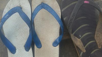 sandal tua