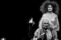 Ο αδαής και ο παράφρων του Τόμας Μπέρνχαρντ σε σκηνοθεσία Γιάννου Περλέγκα
