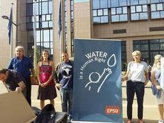 189.000 Ευρωπαίοι πολίτες υπέγραψαν κατά της ιδιωτικοποίησης του νερού στην Ελλάδα!