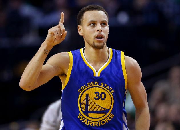 Stephen Curry et les Golden State Warriors, à la conquête du record mythique des Bulls de Jordan (72-10) (NBA)