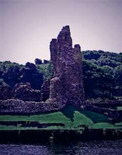 River Ogmore & Castle Ruins