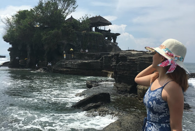 Chinese tourist in Tanah Lot