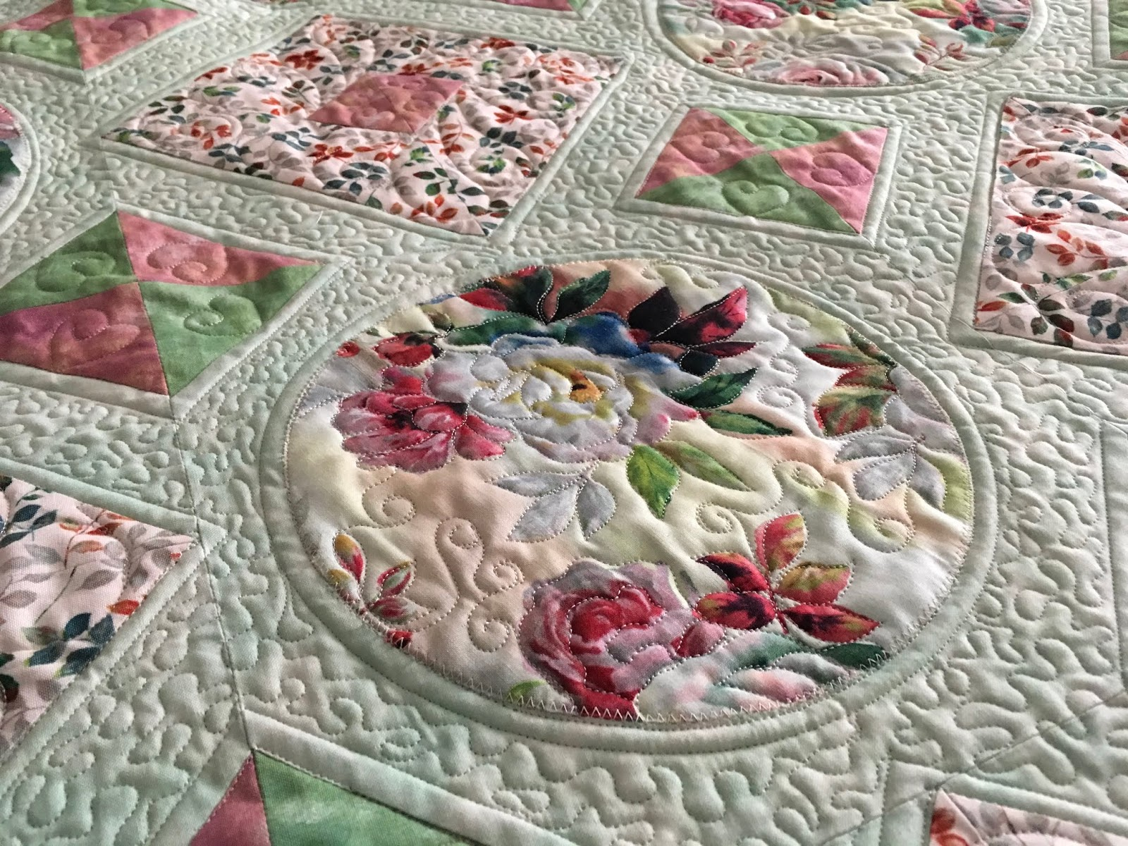 Custom Longarm Quilting By Quilts By Hannelore Heirloom