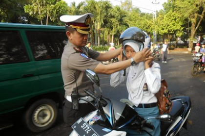 Polres Gresik akan Langsung Tilang Pelajar yang Kedapatan ke Sekolah Pakai Kendaraan Tanpa SIM