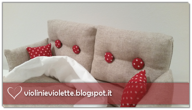 Violini e violette un morbido divanetto - Nozioni di cucito come ricoprire un divano ...