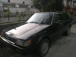 BUKALAPAK MOBIL BEKAS : Jual Corolla SE Saloon 1986 - BANDUNG