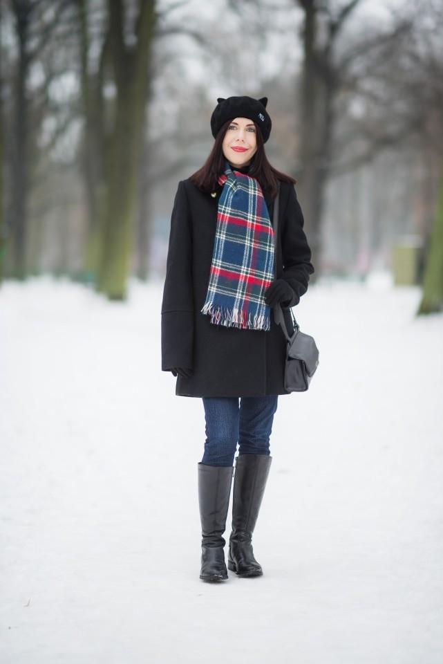 beret z kocimi uszami stylizacja blog modowy