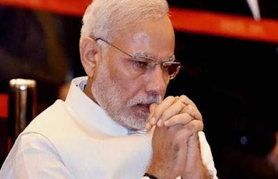 पाकिस्तान में आतंकी ठिकानों पर बम गिराते समय प्रधानमंत्री नरेन्द्र कहाँ और क्या कर रहे थे ?