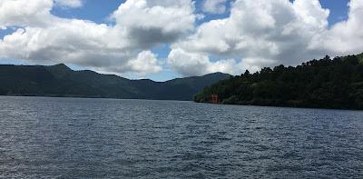 芦ノ湖と箱根神社