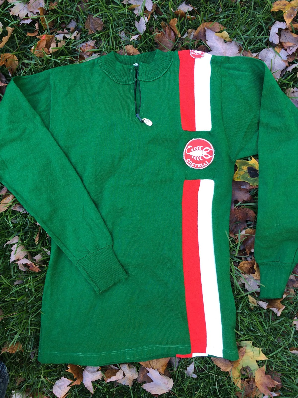 I also have this green long-sleeve jersey from Castelli. It s not quite as  thick as the yellow one above b097e357c