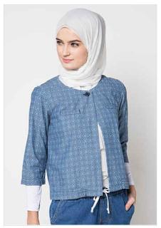 Foto Baju Kantor Batik Muslim Remaja