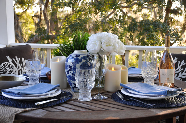 Southern Comfort: The perfect coastal table setting for a Lowcountry sunset dinner