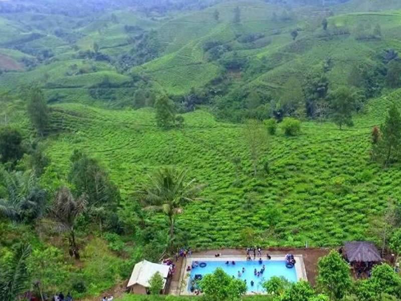 Kolam Renang Bukit Kacapi Tempat Wisata di Tasikmalaya Terbaru