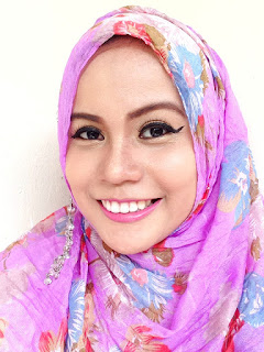 make up sehari-hari