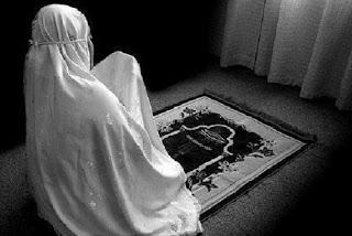 20 Waktu Berdoa Yang Baik, Mustajab & Diijabah Allah