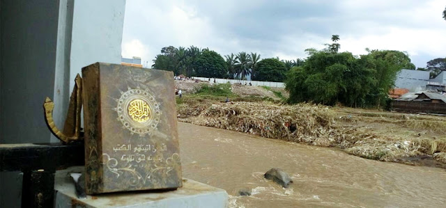 Misteri Al-Qur'an dan Rumah Yang Tak Hanyut Diterjang Banjir Bandang Garut