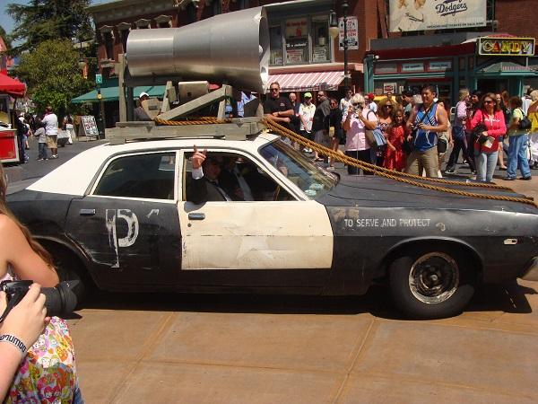 Das Oldsmobil der Blues Brothers fährt vor, Universal Studios Hollywod, CA