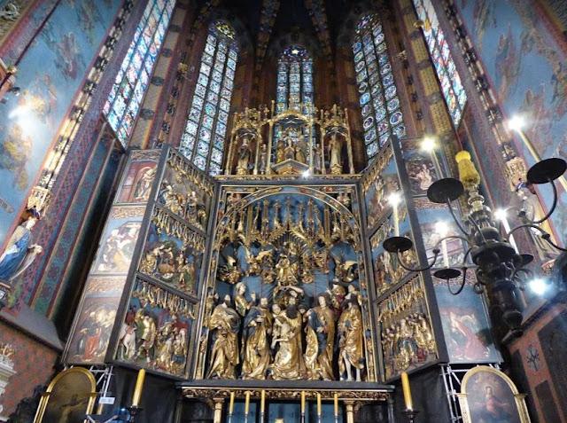 Altare ligneo di Veit Stoss nella basilica di Santa Maria a Cracovia