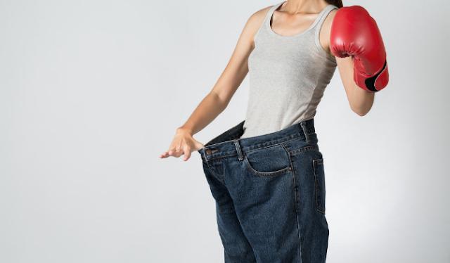 5 gerakan tinju yang bermanfaat membakar lemak secara efektif