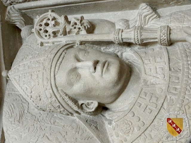 BLENOD-LES-TOUL (54) - Tombeau de Saint-Hugues des Hazard