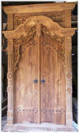 Model Pintu Kupu Tarung Klasik