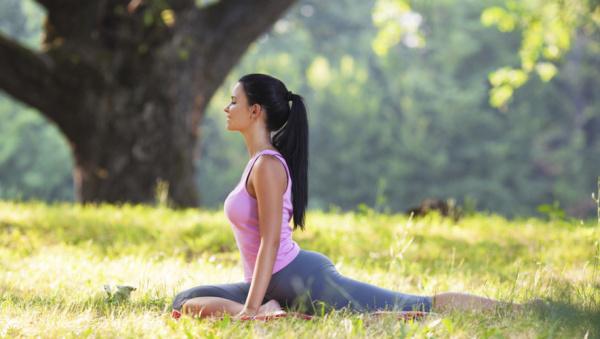 Hãy Tập luyện Yoga ngoài trời Bạn nhé