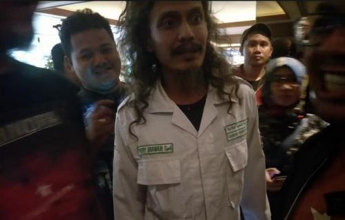 Anggota FPI Ferry Irawan akhirnya mengaku menyebut Banser idiot